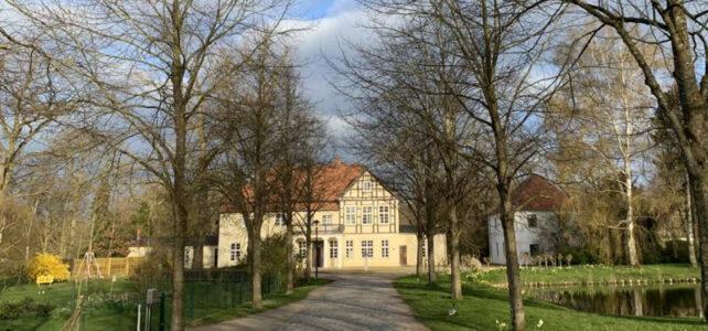 Blick auf das Thuenenhaus